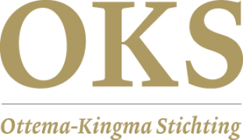 Mr Douwe P. de Vries draagt voorzittershamer Ottema-Kingma Stichting over
